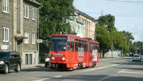 26/08/2010 - foto tram Tatra KT4 162 TTTK - Tallinna Trammi- ja Trollibussikoondise Aktsiaseltsi op lijn 4 in Tallinn - Estland