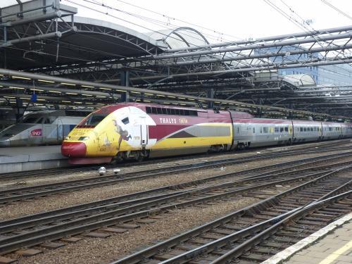 29/01/2012 - photo train 4343 SNCF, Thalys à Bruxelles - Belgique