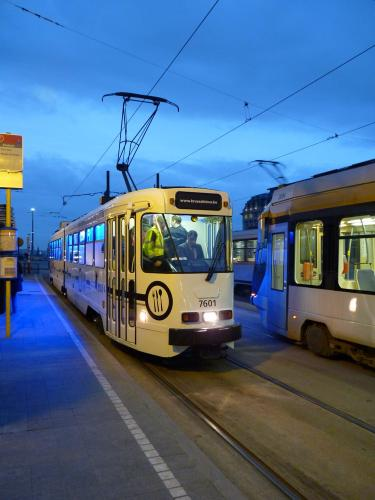 09/03/2012 - photo tram BN PCC7600 7601 STIB-MIVB in Brussels - Belgium