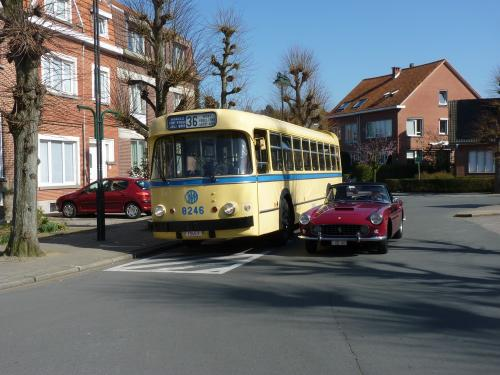 09/03/2014 - photo bus Leyland Brossel Van Hool A98DAR V1 8246 STIB-MIVB sur la ligne 36 à Bruxelles - Belgique