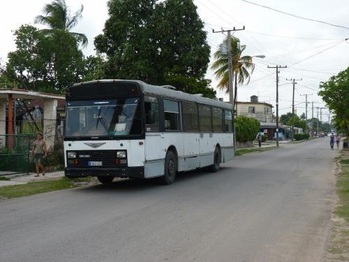 02/06/2014 - photo bus Van Hool A120 in Havana - Cuba