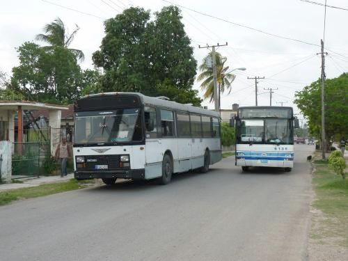 02/06/2014 - photo bus Van Hool A120 5136 sur la ligne 83 à La Havane - Cuba