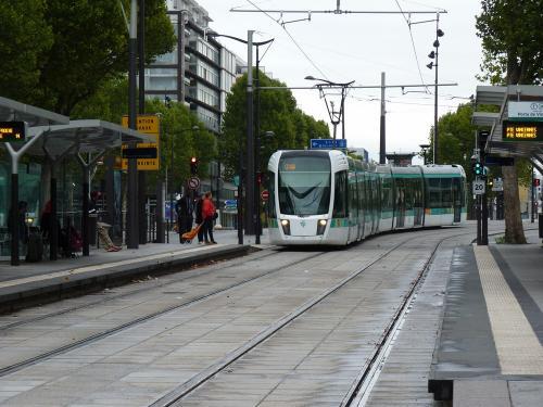 23/08/2015 - foto tram Alstom Citadis 311 RATP op lijn T3b in Parijs - Frankrijk