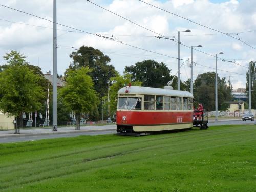 20/09/2015 - photo tram Tatra T1 5001 DPP - Dopravní podnik hlavního města Prahy à Prague - République Tchèque