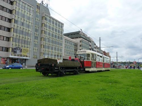 20/09/2015 - photo tram Tatra T2 6002 DPP - Dopravní podnik hlavního města Prahy à Prague - République Tchèque