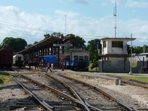22/11/2015 - foto trein 4055 in Guantánamo - Cuba
