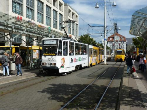 18/09/2015 - photo tram Tatra KT4 353 GVB - Geraer Verkehrsbetrieb GmbH sur la ligne 3 à Gera - Allemagne