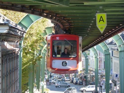 01/10/2011 - photo monorail 10 WSW - Wuppertaler Stadtwerke in Wuppertal - Germany