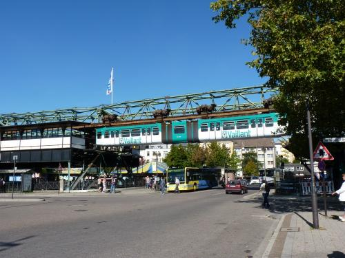01/10/2011 - photo bus monorail WSW - Wuppertaler Stadtwerke in Wuppertal - Germany