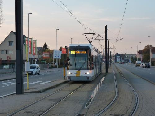 11/11/2016 - foto tram HermeLijn 6327 De Lijn op lijn 21 in Gent - Belgïe