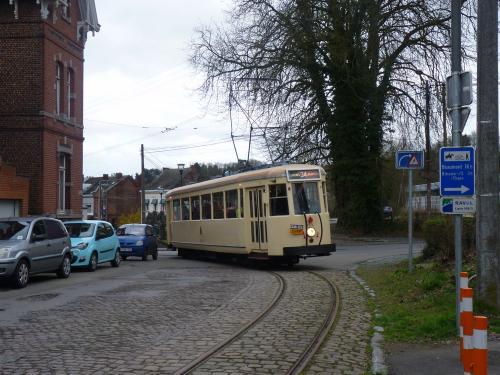 La Type SE manoeuvrant à proximité du centre de découverte du chemin de fer vicinal
