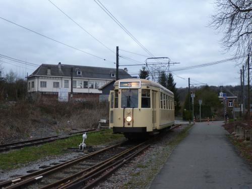 La Type SE sur la voie vers le centre de découverte du chemin de fer vicinal