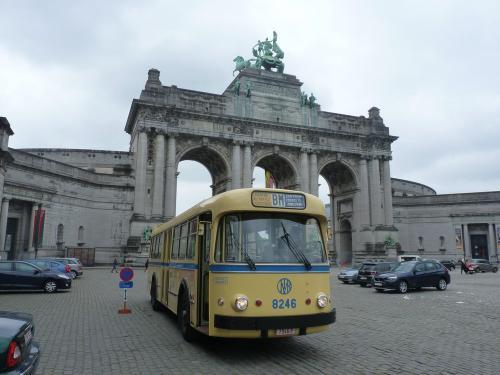 07/05/2017 - photo bus Leyland Brossel Van Hool A98DAR V1 8246 STIB-MIVB on route BM in Brussels - Belgium