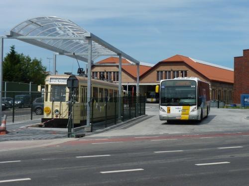 09/07/2017 - photo bus tram Van Hool NewA360 De Lijn à Grimbergen - Belgique