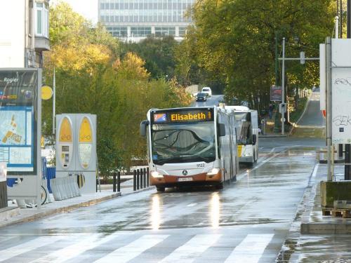 12/11/2017 - photo bus Mercedes-Benz Citaro 9122 STIB-MIVB à Bruxelles - Belgique