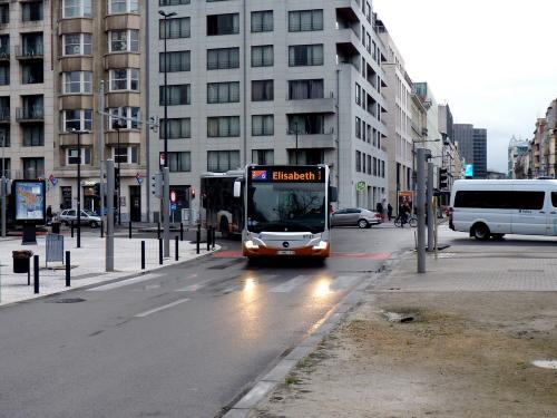 12/11/2017 - photo bus Mercedes-Benz Citaro 9131 STIB-MIVB à Bruxelles - Belgique