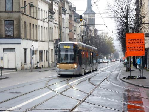 03/12/2017 - photo tram Bombardier Flexity Outlook 3126 STIB-MIVB à Bruxelles - Belgique