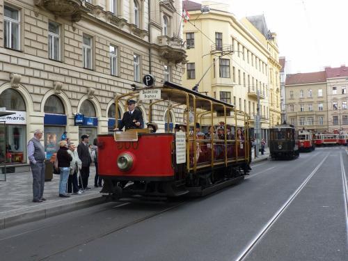 20/09/2015 - photo tram 500 DPP - Dopravní podnik hlavního města Prahy à Prague - République Tchèque