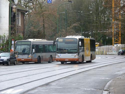 30/12/2017 - photo bus STIB-MIVB à Bruxelles - Belgique