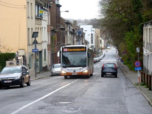 30/12/2017 - photo bus Mercedes-Benz Citaro 9852 STIB-MIVB sur la ligne 43 à Bruxelles - Belgique