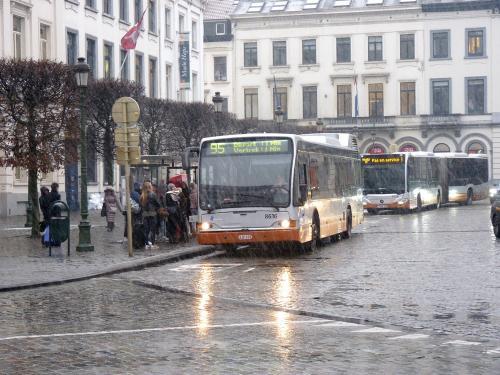 09/02/2018 - photo bus Jonckheere SB250 8616 STIB-MIVB sur la ligne 95 à Bruxelles - Belgique