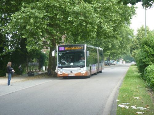 09/06/2018 - photo bus Mercedes-Benz Citaro 9167 STIB-MIVB sur la ligne 1 à Bruxelles - Belgique
