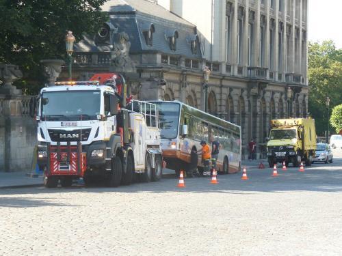 29/06/2018 - photo bus camion véhicule de service MAN STIB-MIVB à Bruxelles - Belgique