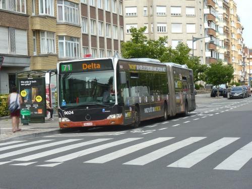 07/07/2018 - photo bus Mercedes-Benz Citaro 9024 STIB-MIVB sur la ligne 71 à Bruxelles - Belgique