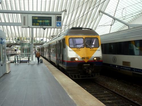 29/07/2018 - foto trein AM80 416 SNCB-NMBS in Luik - Belgïe