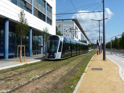 15/08/2018 - photo tram CAF Urbos 3 109 Luxtram sur la ligne T1 à Luxembourg - Luxembourg