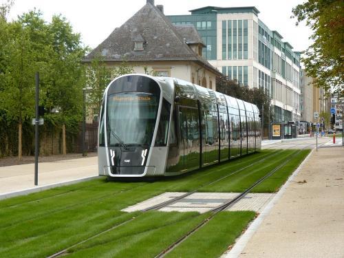 15/08/2018 - photo tram CAF Urbos 3 101 Luxtram sur la ligne T1 à Luxembourg - Luxembourg