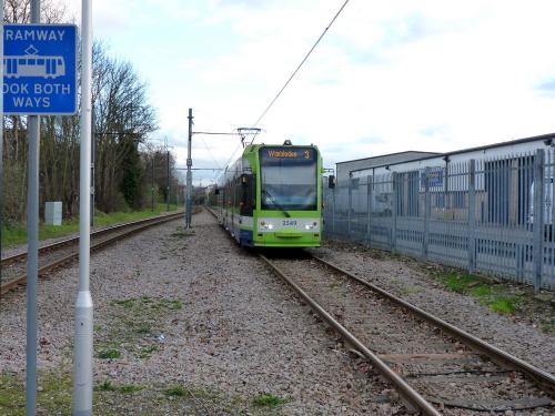24/12/2014 - foto tram Bombardier Flexity Swift 2549 Tramlink op lijn 3 in Londen - Verenigd Koninkrijk