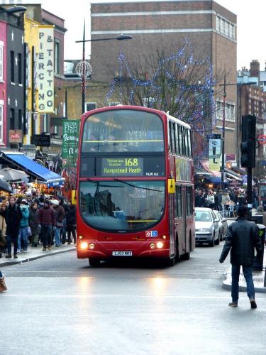 27/12/2014 - foto bus Wright Eclipse Gemini VLV162 TFL - Transfort For London op lijn 168 in Londen - Verenigd Koninkrijk