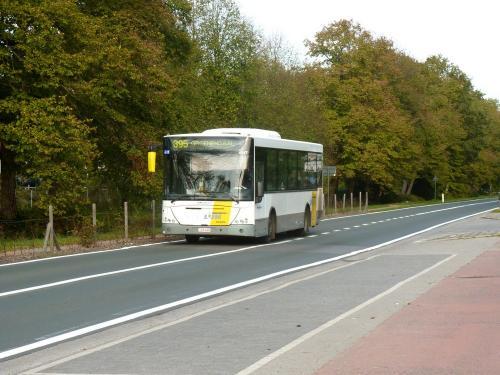 20/10/2018 - photo bus Jonckheere Transit 2000 4547 De Lijn sur la ligne 395 à Overijse - Belgique