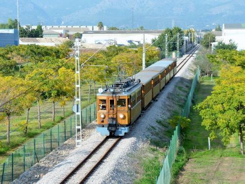 15/11/2018 - foto trein 1 Ferrocarril de Sóller SA in Palma - Spanje