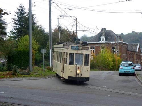 28/10/2018 - foto tram 10284 SNCV-NMVB op lijn 90 in Thuin - Belgïe