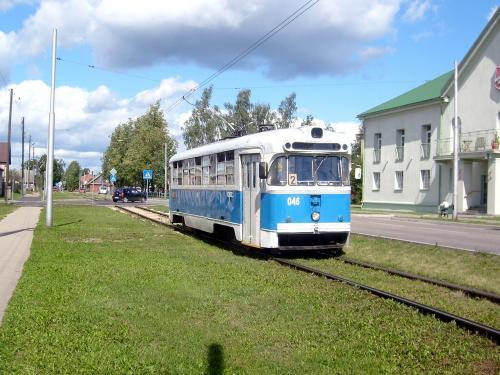 23/08/2010 - foto tram RVR-6 046 Daugavpils Tramvaju uzņēmums op lijn 2 in Daugavpils - Letland