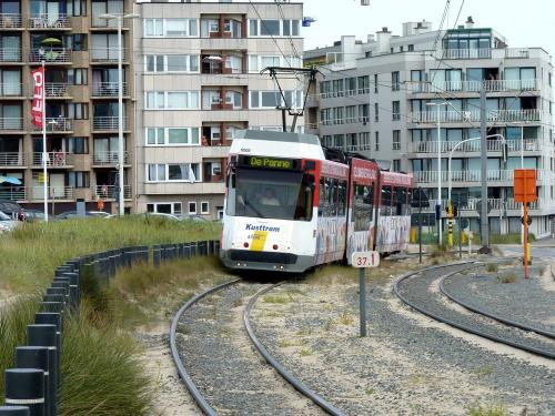 15/08/2012 - photo tram BN-ACEC 6009 De Lijn in Ostend - Belgium
