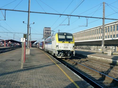 28/12/2018 - foto trein HLE19 1918 SNCB-NMBS in Hasselt - Belgïe