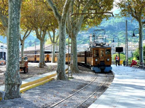 13/11/2018 - photo 1 Ferrocarril de Sóller SA à Sóller - Espagne