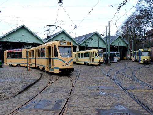 09/02/2019 - photo tram STIB-MIVB sur la ligne 35 à Bruxelles - Belgique