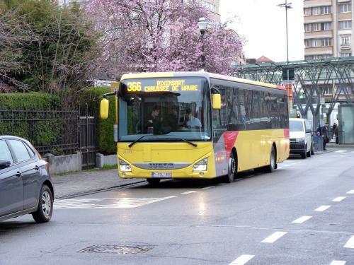 13/03/2019 - photo bus Iveco Bus Crossway 18193 TEC sur la ligne 366 à Bruxelles - Belgique