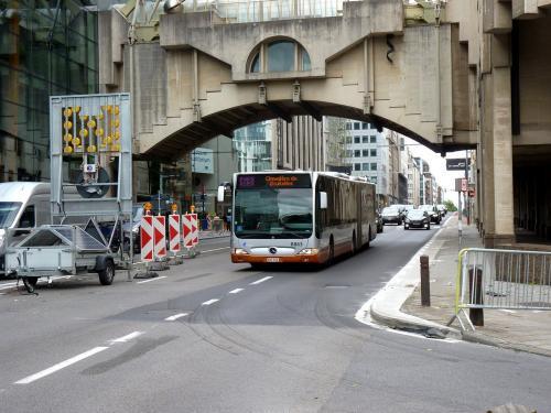 08/06/2019 - photo bus Mercedes-Benz Citaro 8863 STIB-MIVB sur la ligne 63 à Bruxelles - Belgique