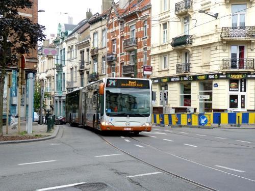 07/07/2019 - photo bus Mercedes-Benz Citaro 9043 STIB-MIVB sur la ligne 71 à Bruxelles - Belgique