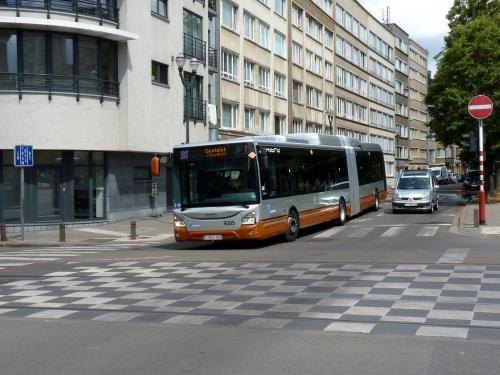21/07/2019 - photo bus Iveco Bus Urbanway 9205 STIB-MIVB sur la ligne 66 à Bruxelles - Belgique